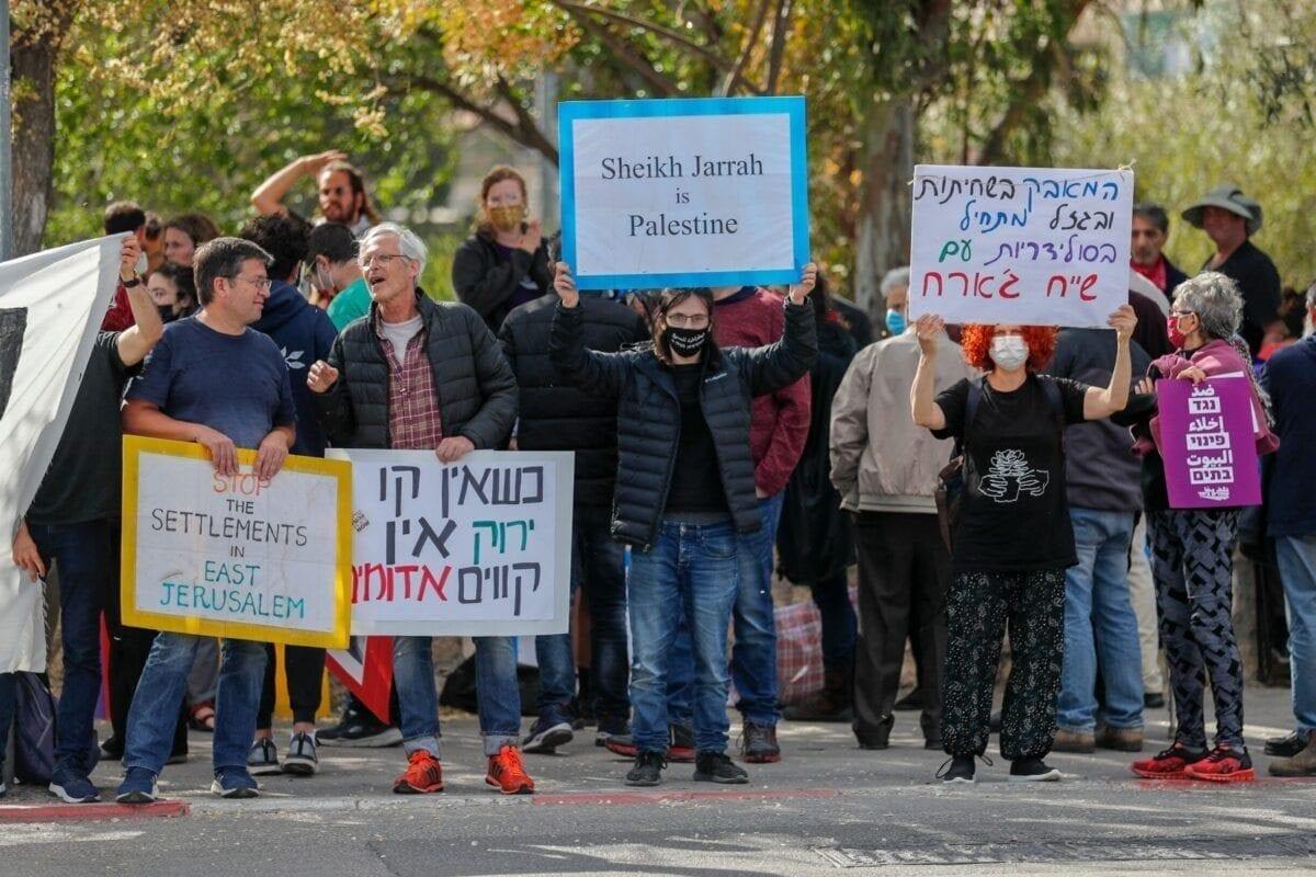 Dezenas de famílias palestinas são ameaçadas pelo despejo forçado