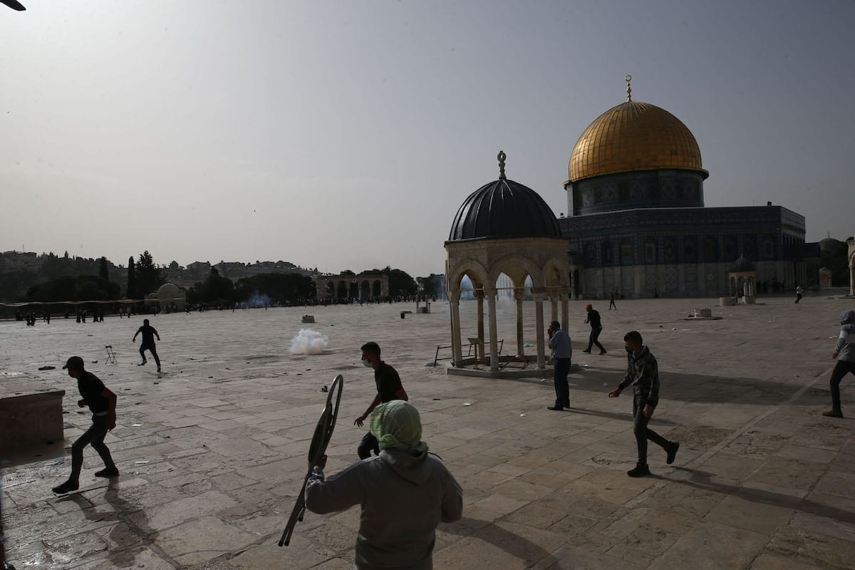 Retórica da AP sobre intervenção internacional não arrisca nada, enquanto os palestinos arriscam a vida
